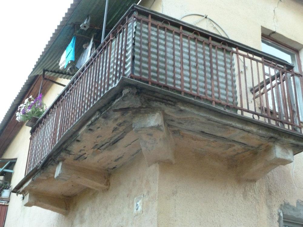 Открытый волжский - здания, объекты, конструкции - разрушает.